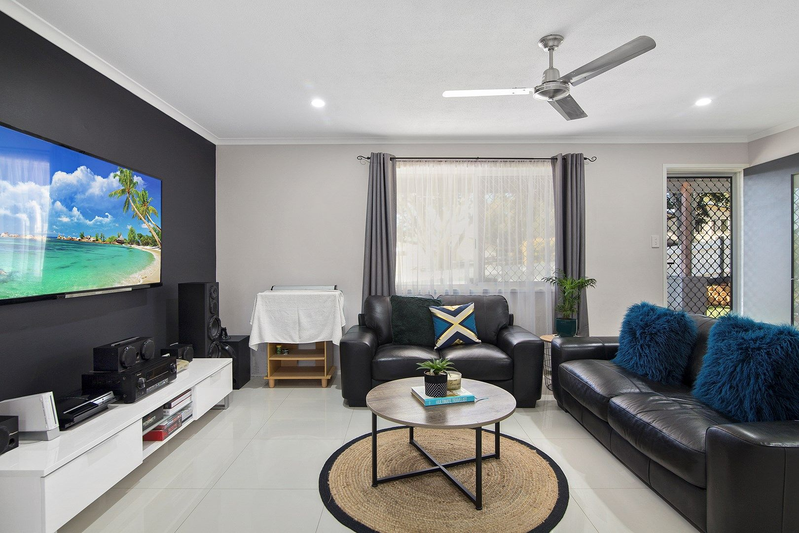 18 Eskdale Street, Holmview QLD 4207, Image 2