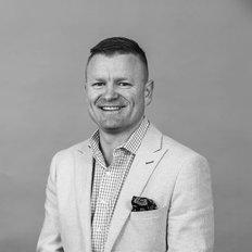 Chasse Ede, Sales representative