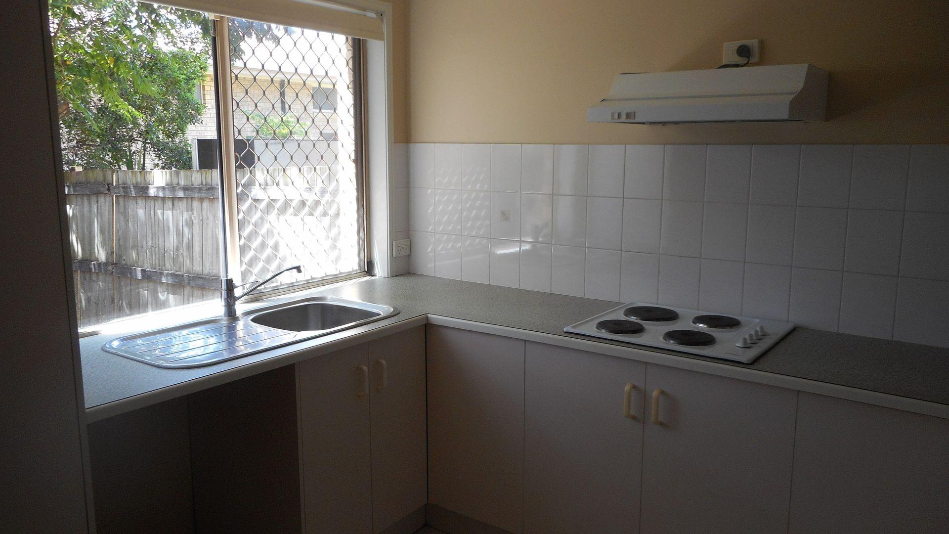 2/43 Maranda St, Shailer Park QLD 4128, Image 2