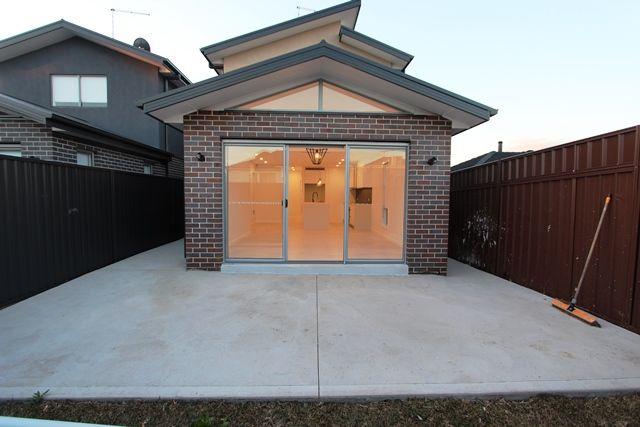 73 Ligar Street, Fairfield Heights NSW 2165, Image 9