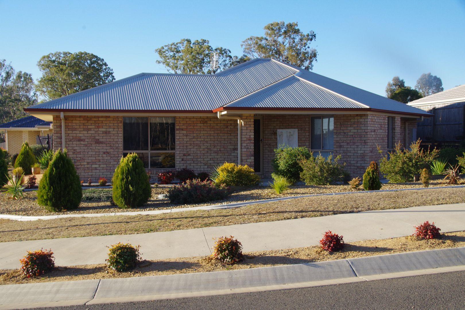 2 Glenwood Crescent, Warwick QLD 4370, Image 0