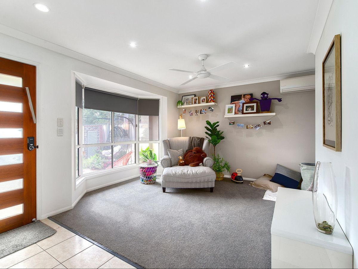 21 Starr Street, Forest Lake QLD 4078, Image 2