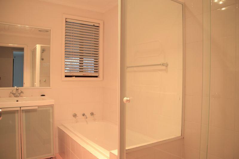 21 Clyde Street, Vineyard NSW 2765, Image 2