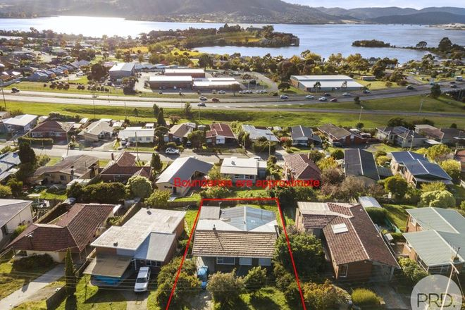 Picture of 8 Kingswood Crescent, BERRIEDALE TAS 7011