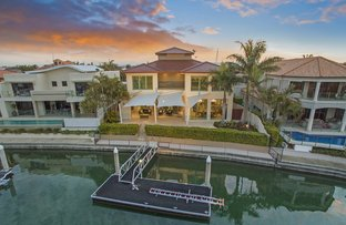 Picture of 9 King James Court, Sovereign Islands QLD 4216