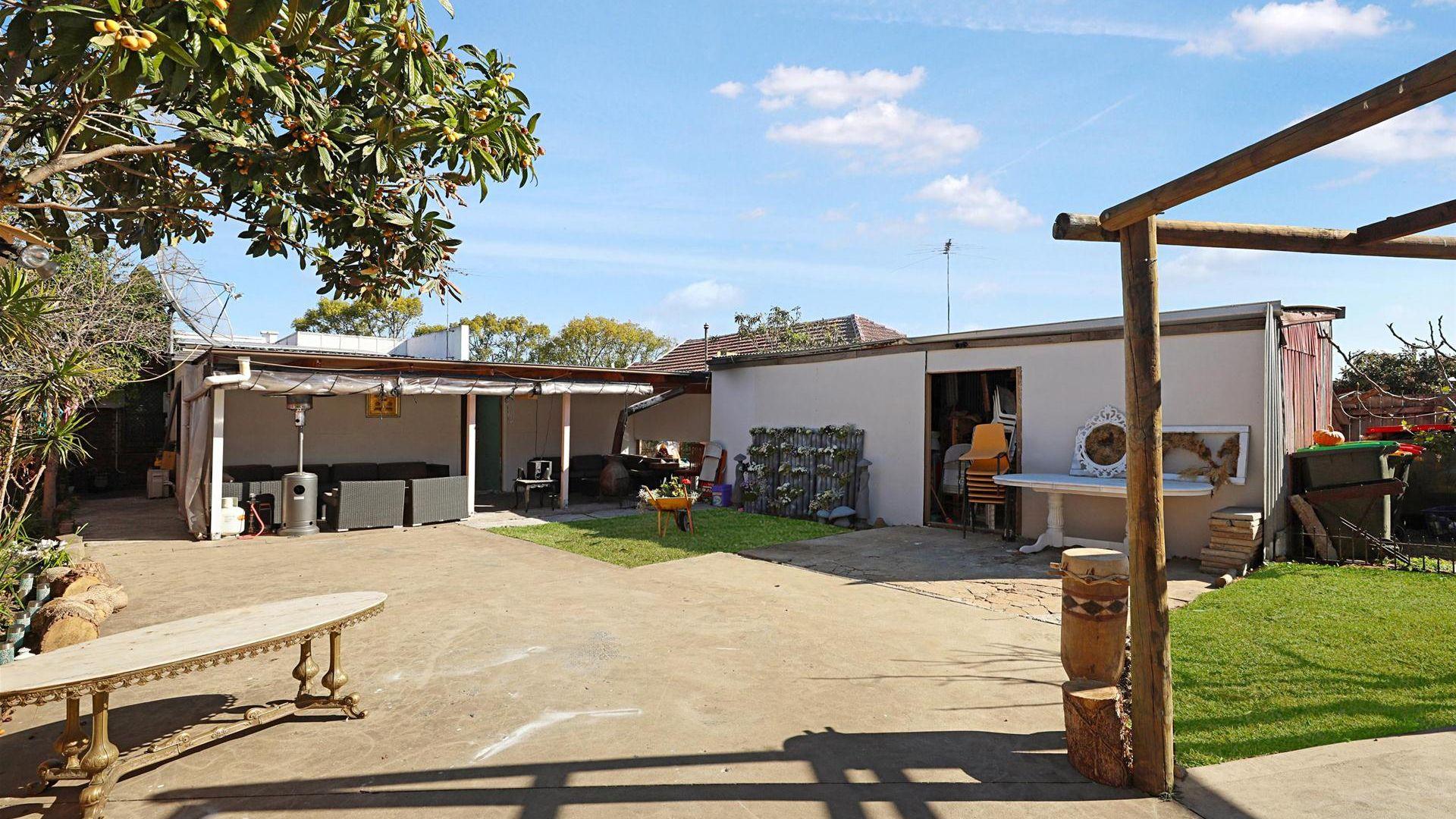 29 Viola Street, Punchbowl NSW 2196, Image 2