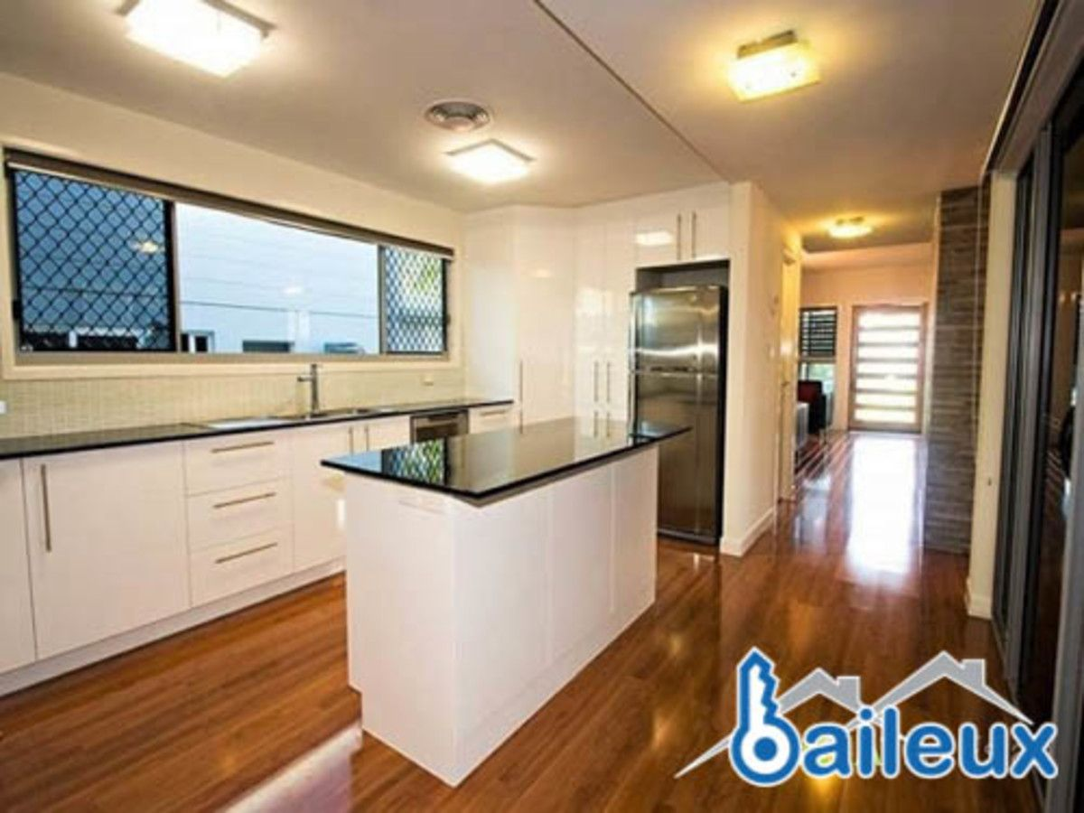 11 Pacific Drive, Blacks Beach QLD 4740, Image 1