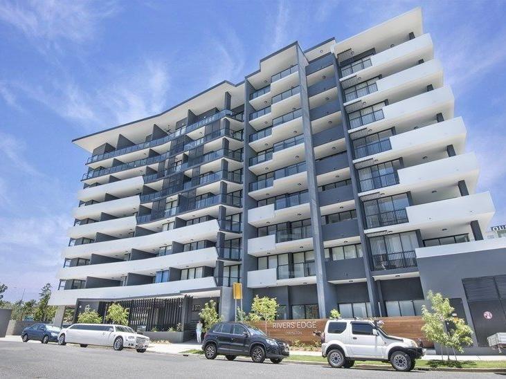 8 Hunt Street, Hamilton QLD 4007, Image 0