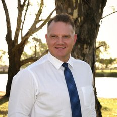 Peter Cardamone, Sales representative