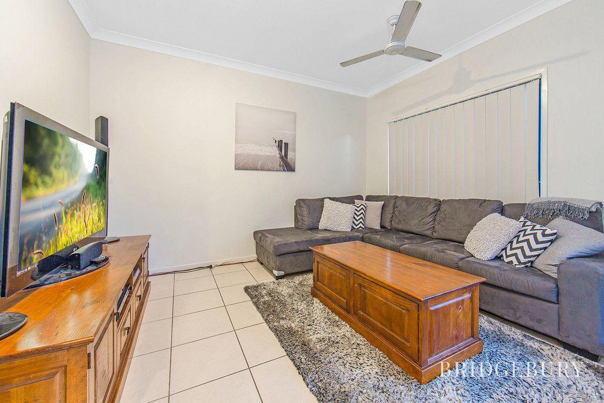7 Cascades Street, North Lakes QLD 4509, Image 2