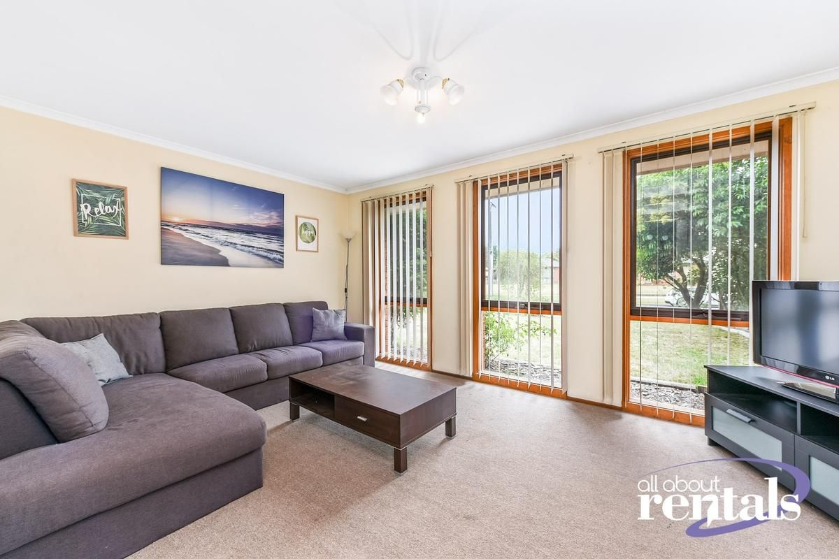 39 Cameron Way, Pakenham VIC 3810, Image 1