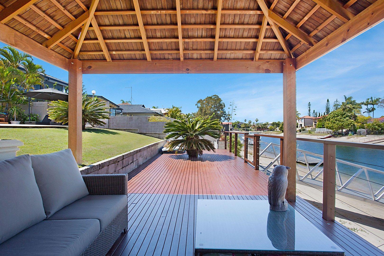 32 Verdichio Avenue, Mermaid Waters QLD 4218, Image 2