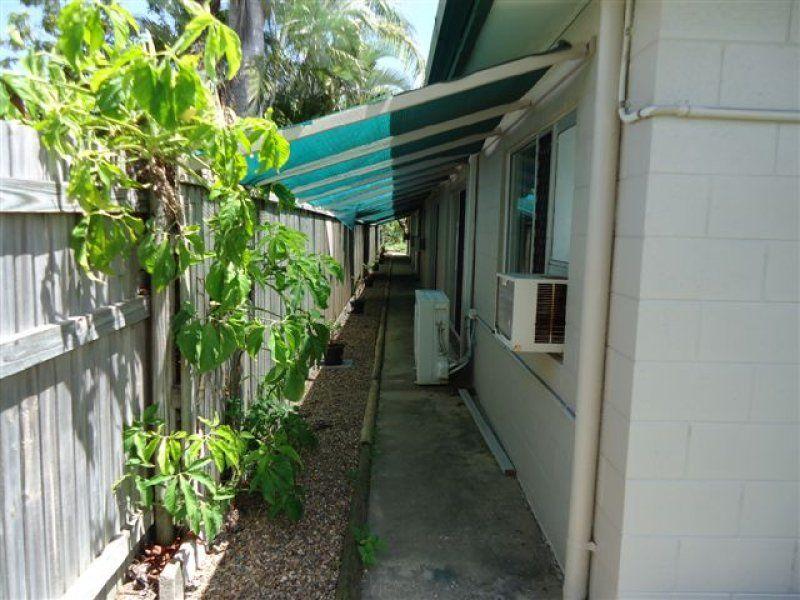 2/46 Norris Street, Hermit Park QLD 4812, Image 12