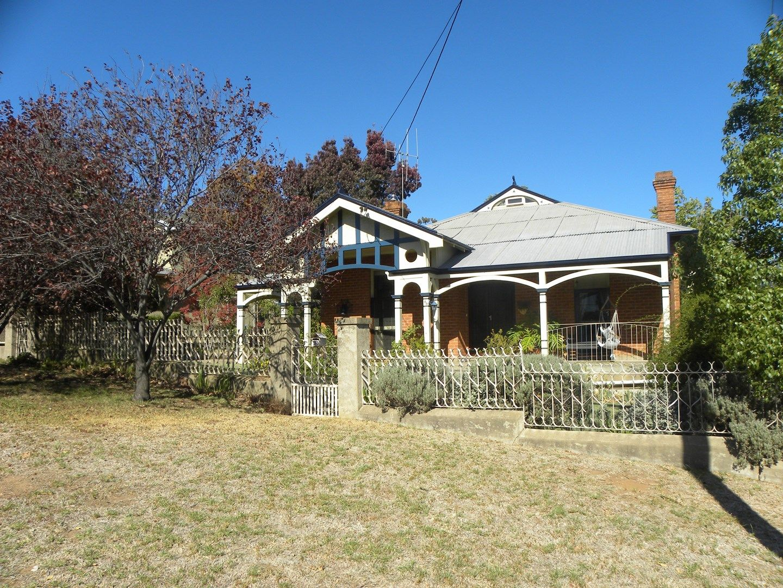 33 MACASSAR STREET, Cowra NSW 2794, Image 0