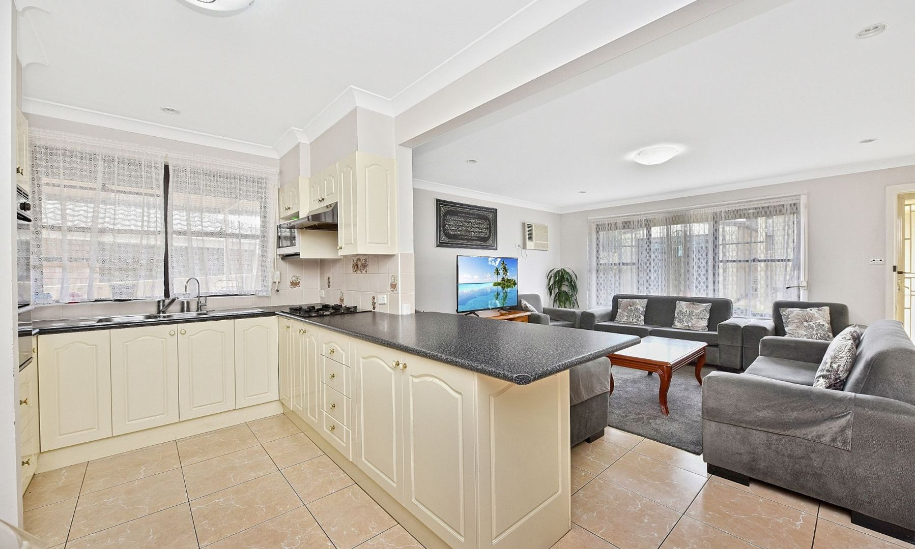 19 Woodville Road, Chester Hill NSW 2162, Image 2