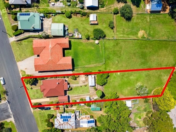28 Yarrawa Street, Moss Vale NSW 2577, Image 2