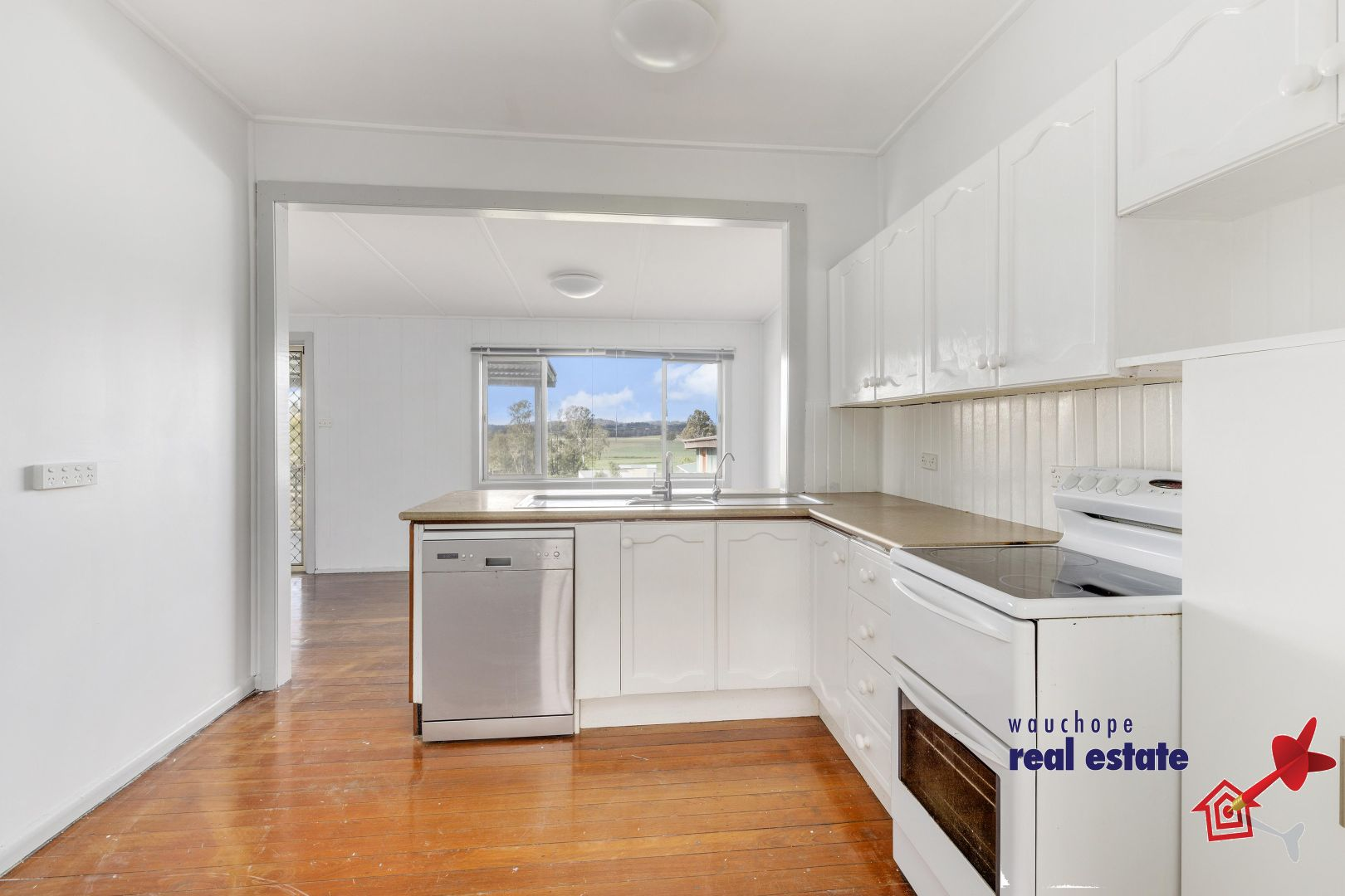 11 Charles Street, Wauchope NSW 2446, Image 1