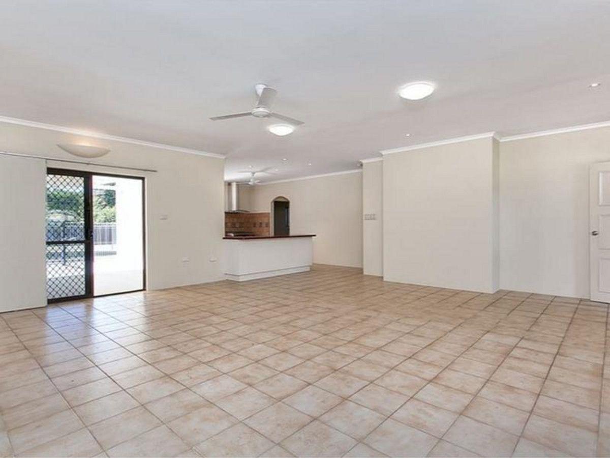 6 Scarborough Close, Kewarra Beach QLD 4879, Image 1