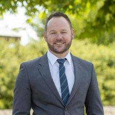 Brodie Lavis, Sales representative