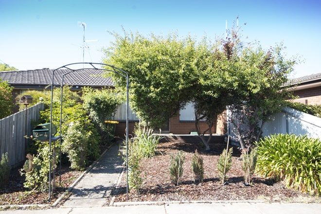 Picture of 2/4 Mauger Street, WENDOUREE VIC 3355