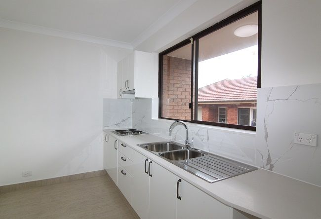 4/35-37 Carrington Avenue, Hurstville NSW 2220, Image 1