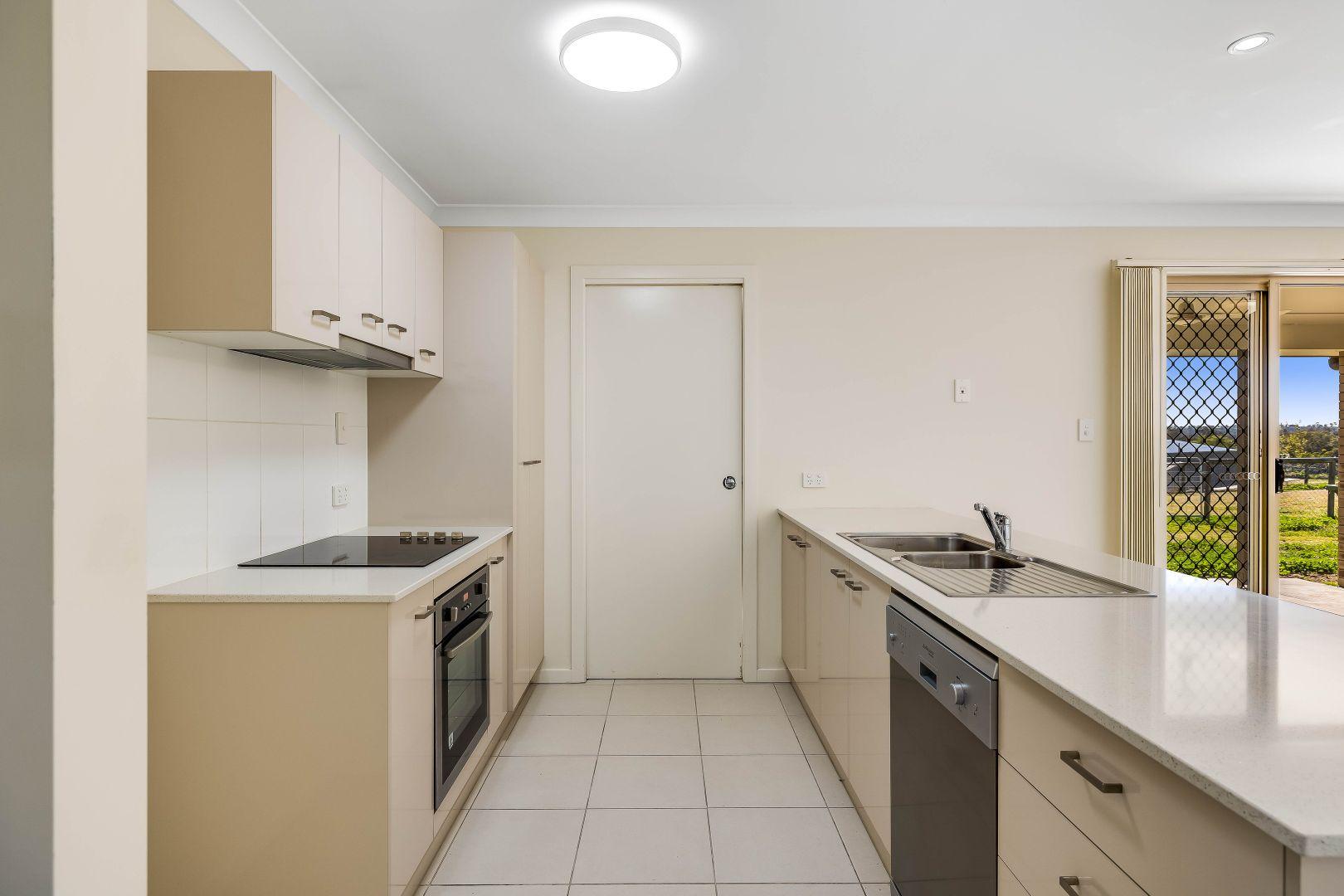 10 Monarch Street, Meringandan West QLD 4352, Image 1