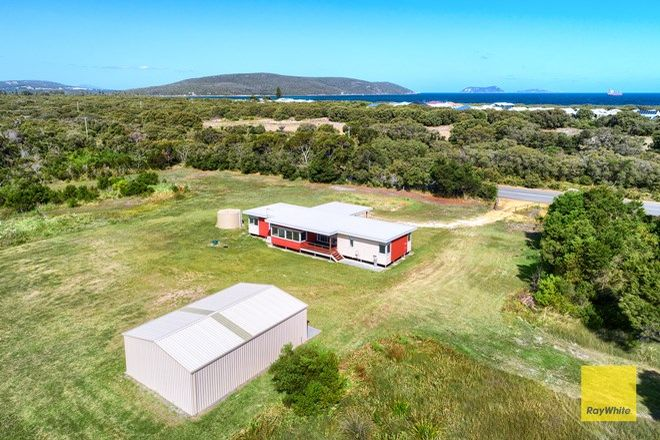 Picture of 245 Emu Point Drive, COLLINGWOOD PARK WA 6330