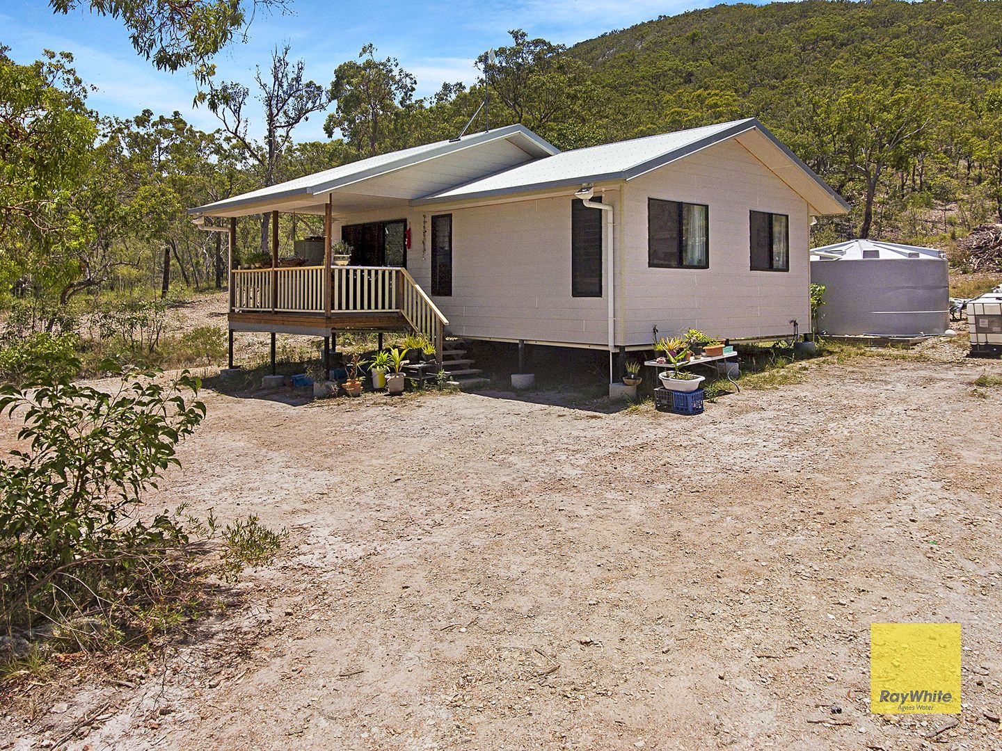 28 Jobson Road, Agnes Water QLD 4677, Image 2