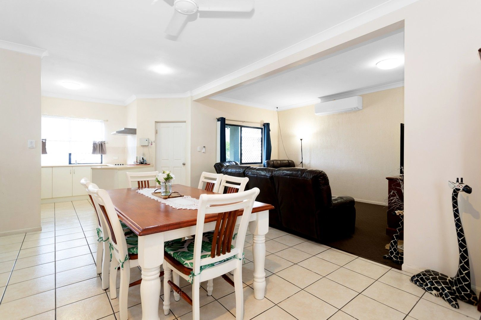 1/271 Bridge Road, West Mackay QLD 4740, Image 0