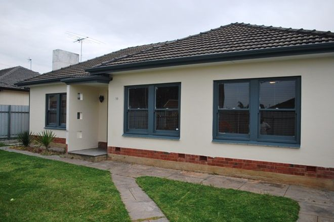 Picture of 18 Lindsay Avenue, EDWARDSTOWN SA 5039