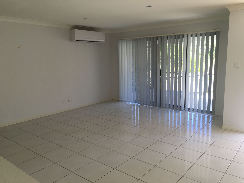 39 Damian Leeding Way, Upper Coomera QLD 4209, Image 2