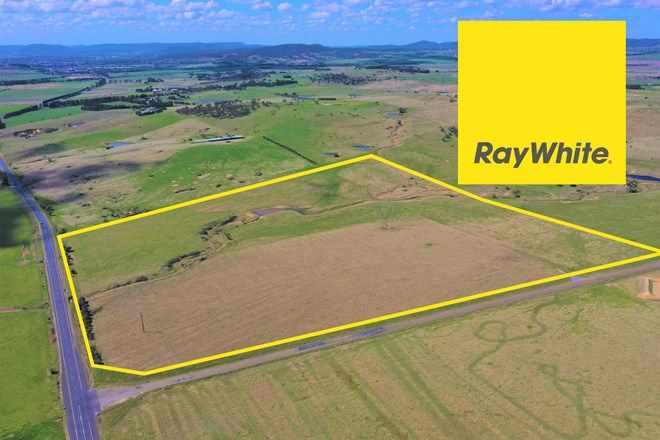 Picture of 35 Elm Grove Road, GOULBURN NSW 2580