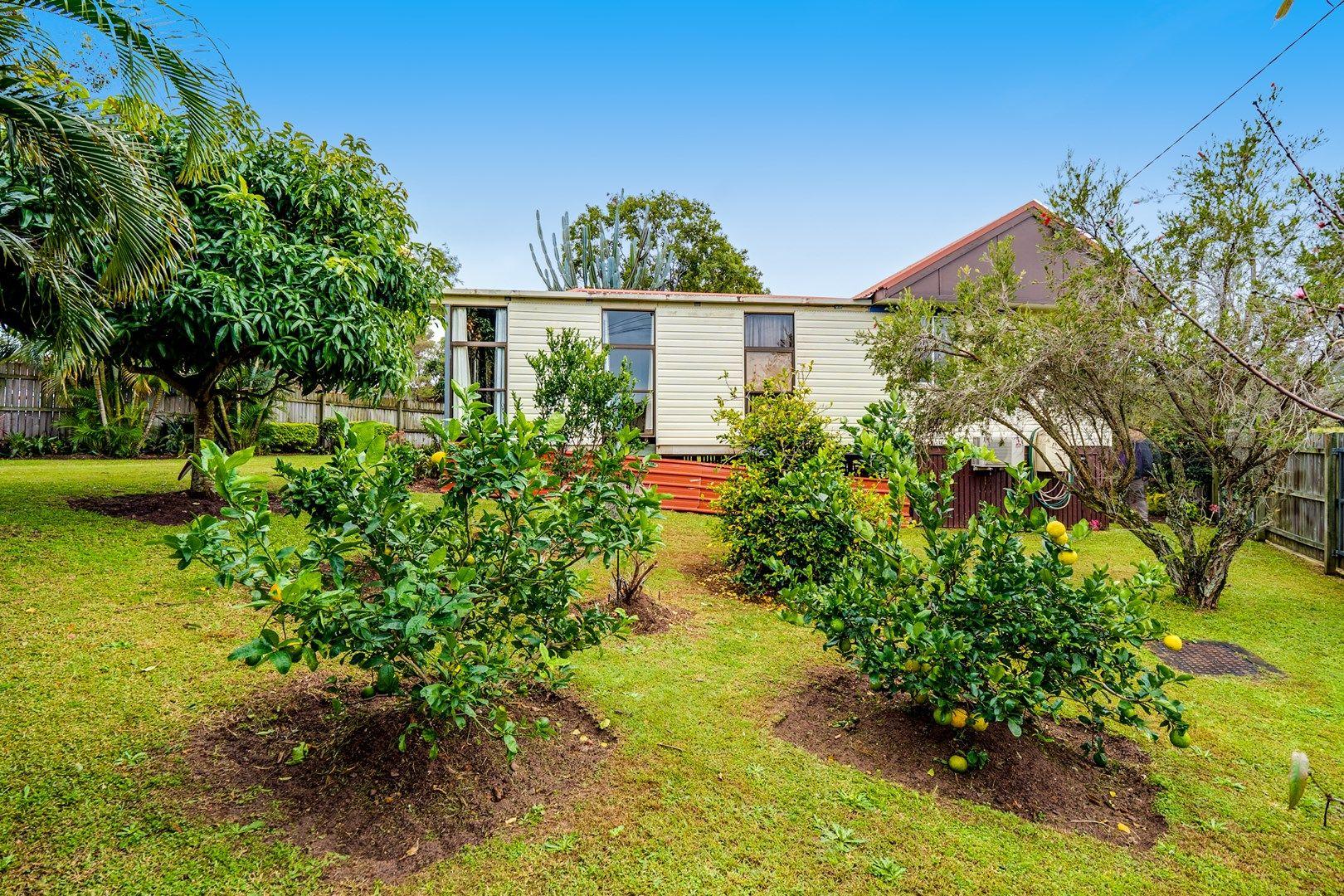 2 Logan Crescent, Dunwich QLD 4183, Image 2