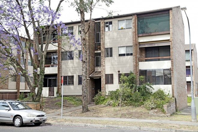 Picture of 3/26 Remembrance Ave, WARWICK FARM NSW 2170