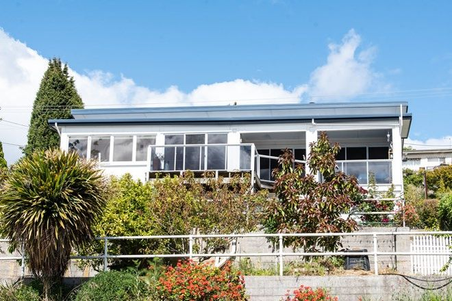 Picture of 130 Flinders Street, BEAUTY POINT TAS 7270