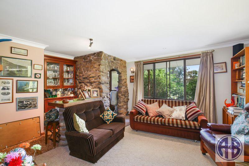 89 Devoncourt Road, Uralla NSW 2358, Image 2
