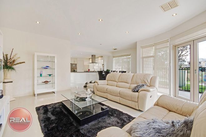 Picture of 2 Pine Court, MAWSON LAKES SA 5095