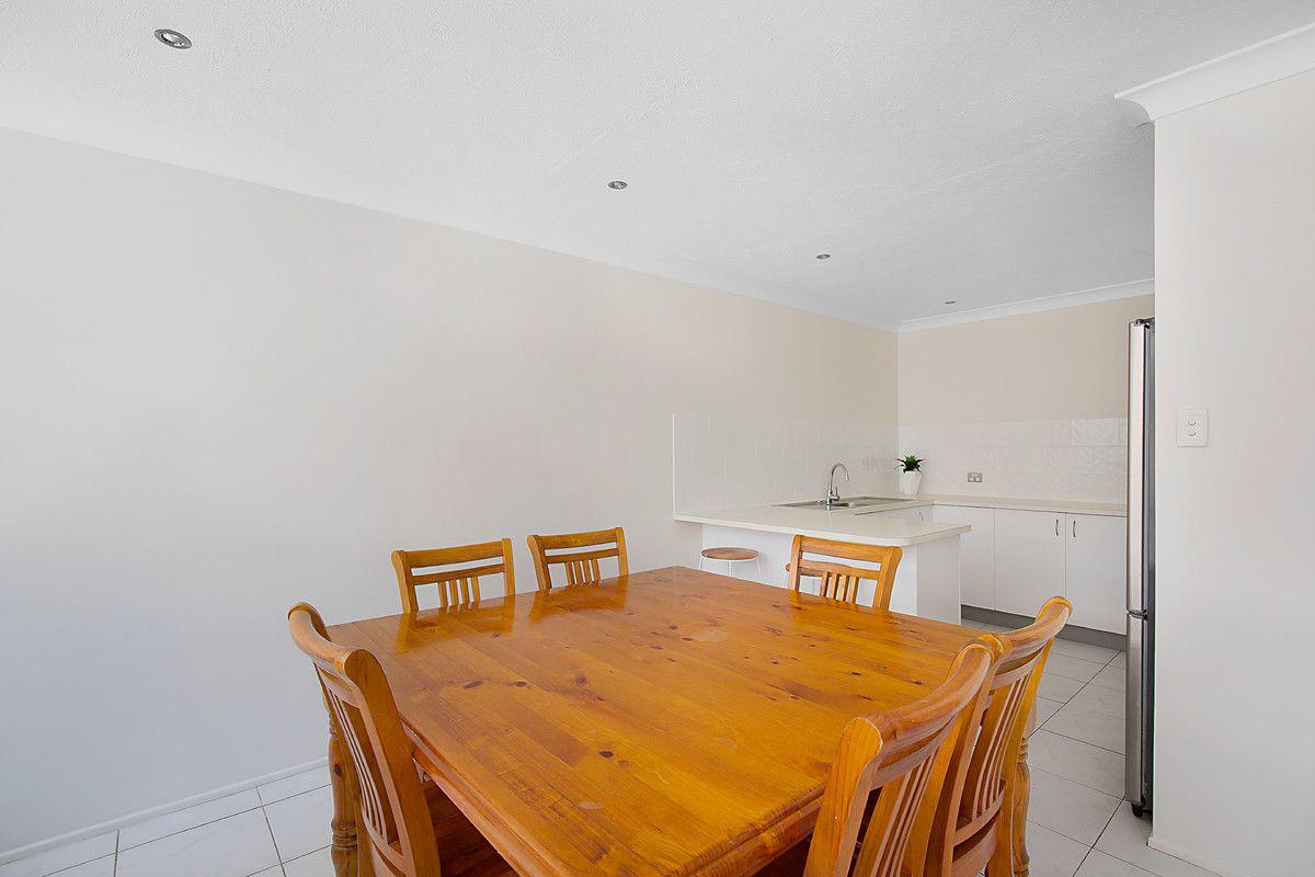 2/389 Greenwattle Street, Wilsonton QLD 4350, Image 2