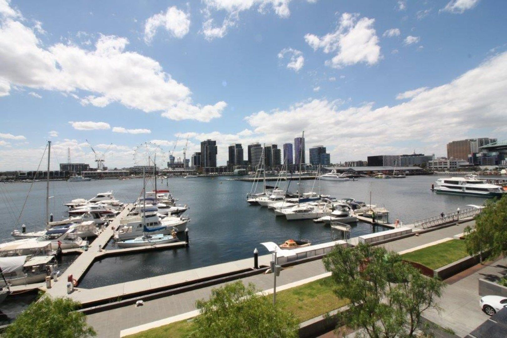 25/9 Waterside Place, Docklands VIC 3008, Image 0