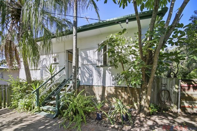 Picture of 16 Verney Street, KINGS BEACH QLD 4551