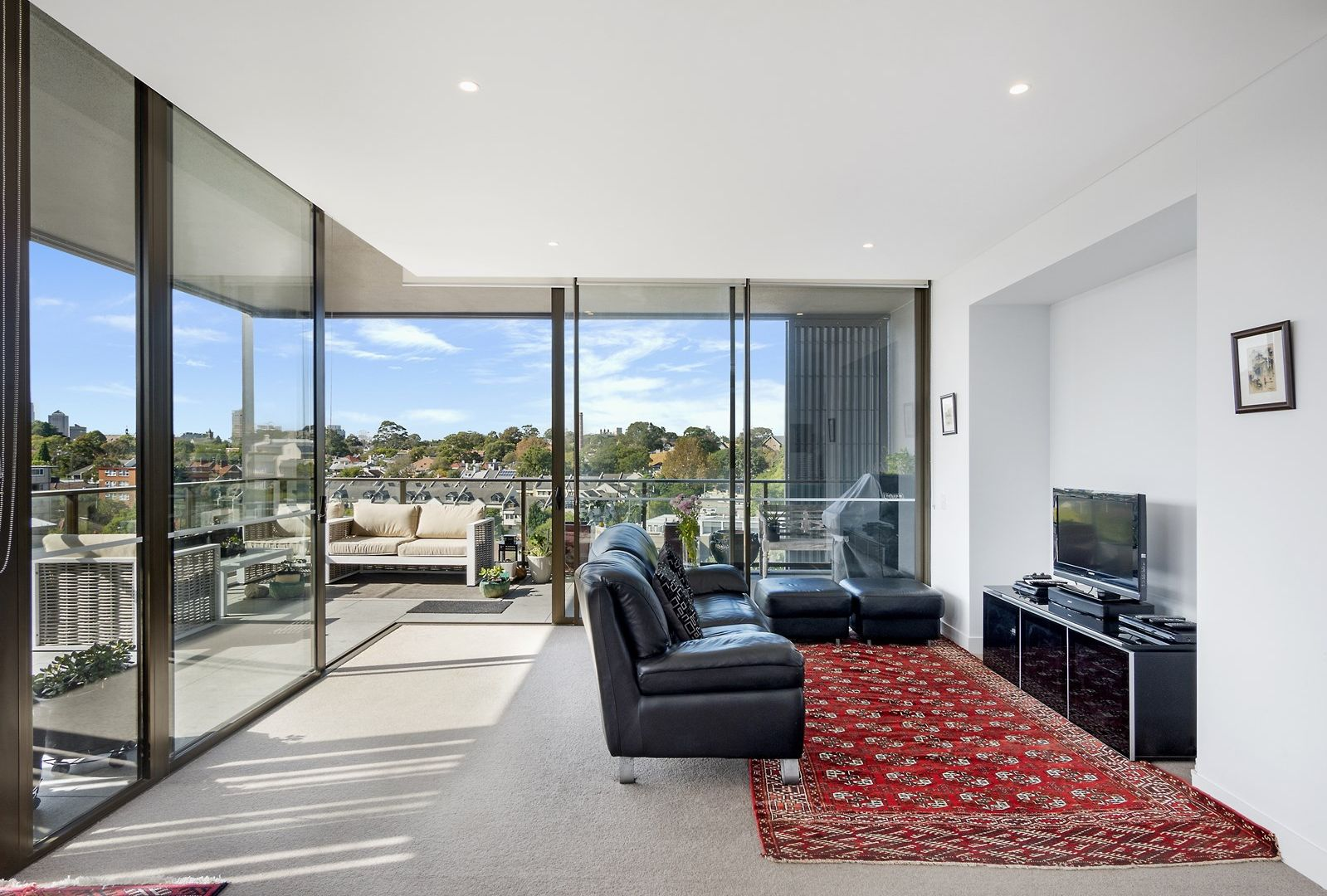805/122 Ross Street, Forest Lodge NSW 2037, Image 2
