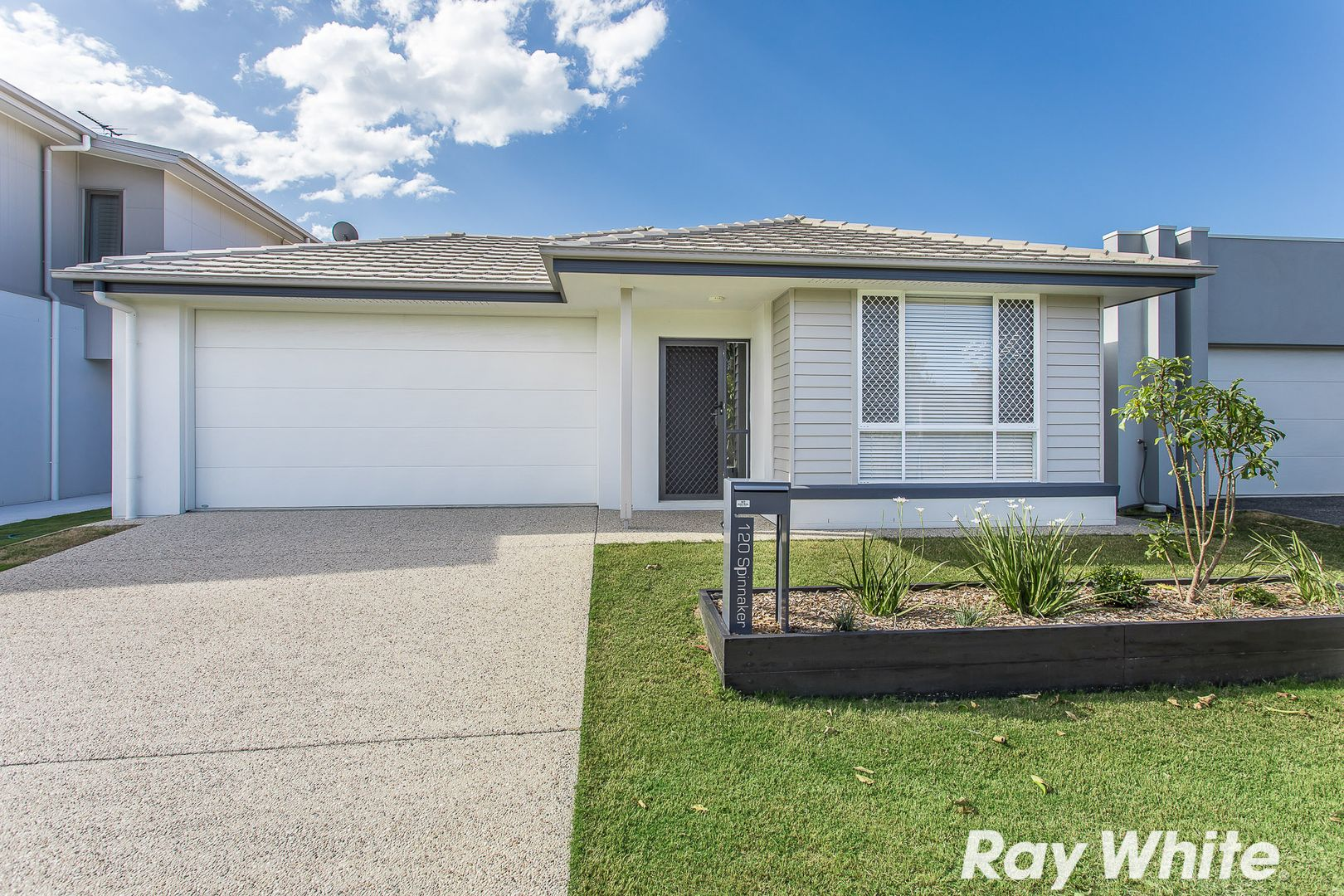 120 Spinnaker Boulevard, Newport QLD 4020, Image 1