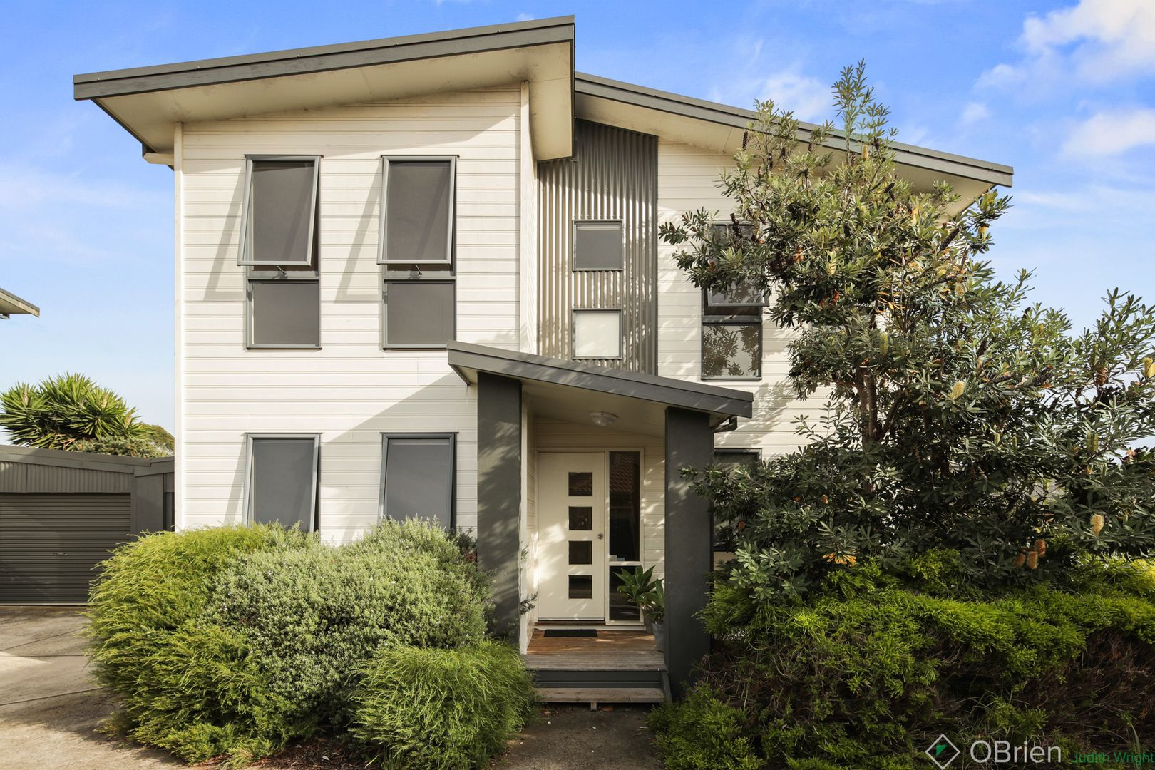 2/28 Malcliff Road, Newhaven VIC 3925, Image 0