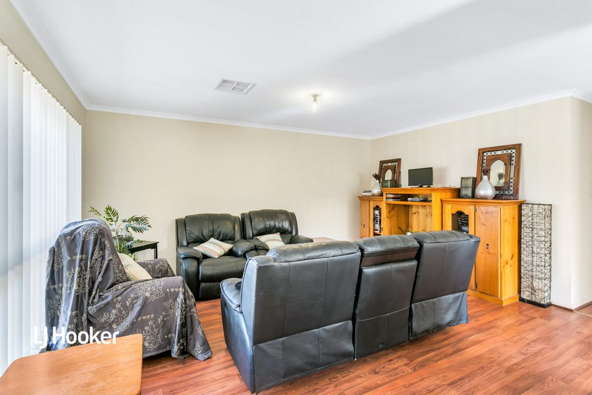 37 St Clair Avenue, Andrews Farm SA 5114, Image 2