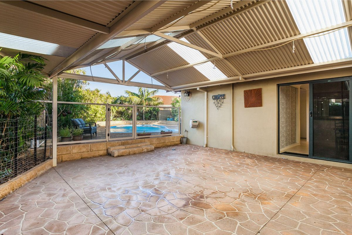 30 Donald Drive, Safety Bay WA 6169, Image 2