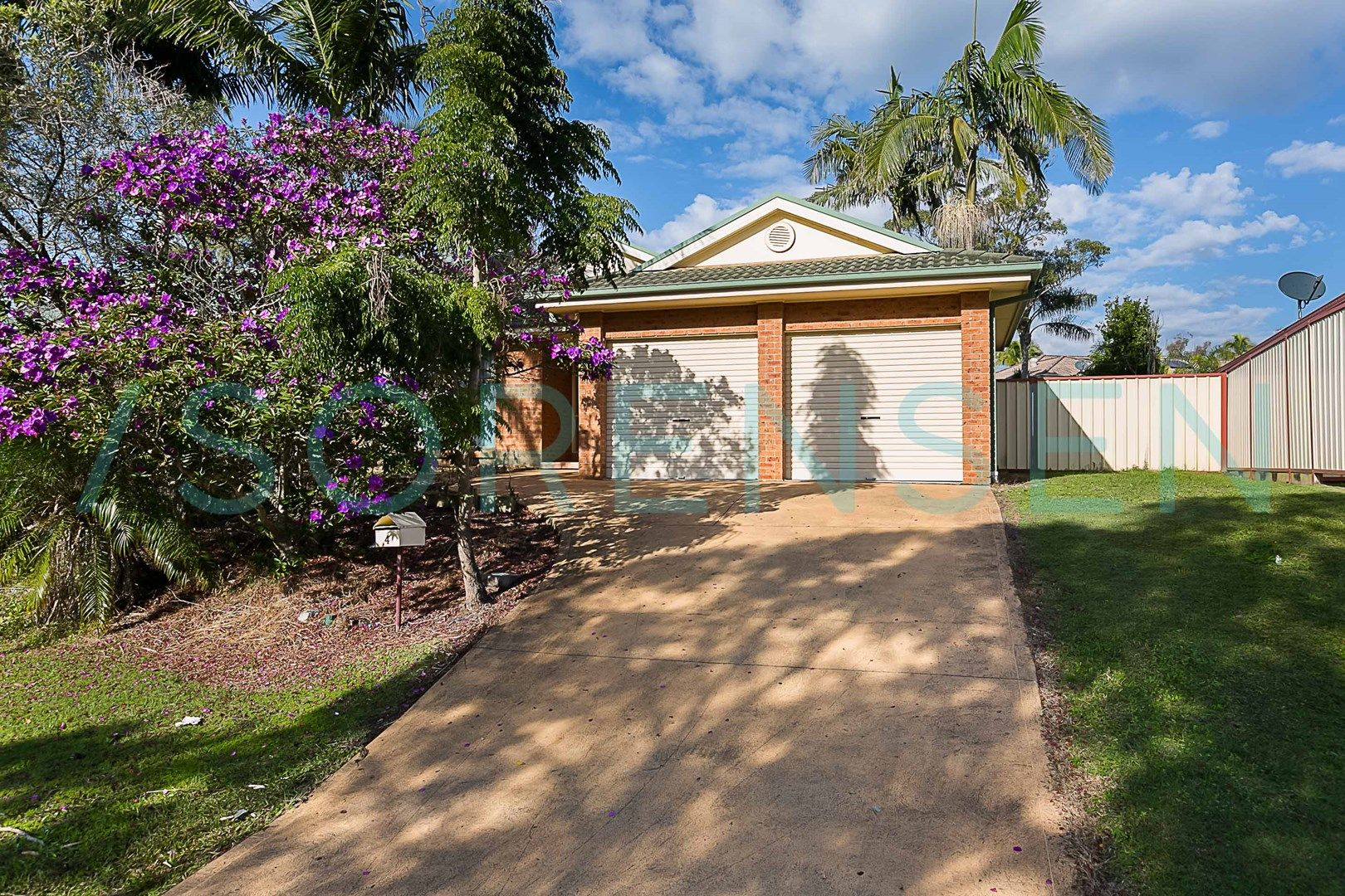 4 Derwent Drive, Lake Haven NSW 2263, Image 0