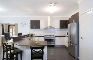 11 Rise Place, Moggill QLD 4070