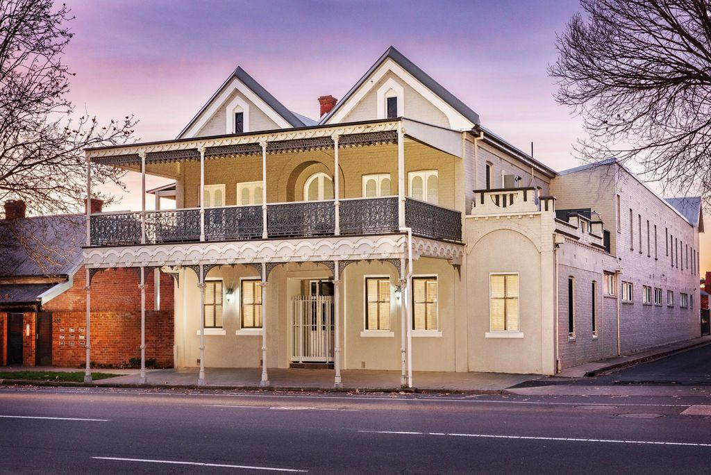 2/430 Smollett Street, Albury NSW 2640, Image 0