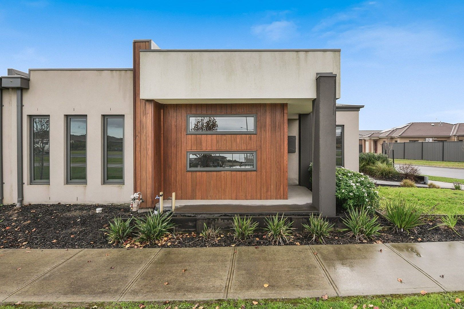 18 Kavanagh Lane, Clyde North VIC 3978, Image 0
