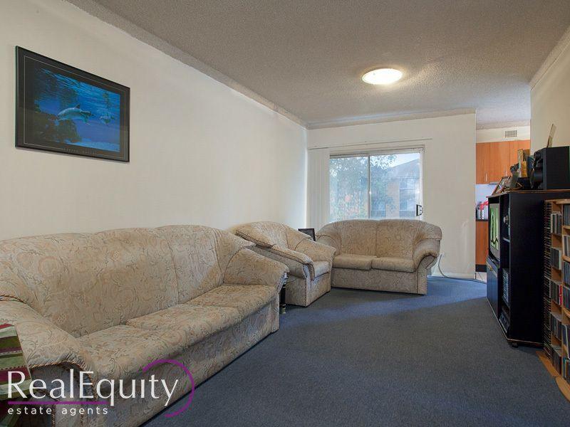 10/9 Hart Street, Warwick Farm NSW 2170, Image 1